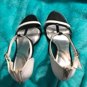Shoes - Black and White Open Toe Heel